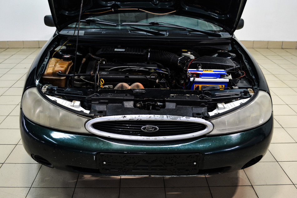 Ford_Mondeo_C51738