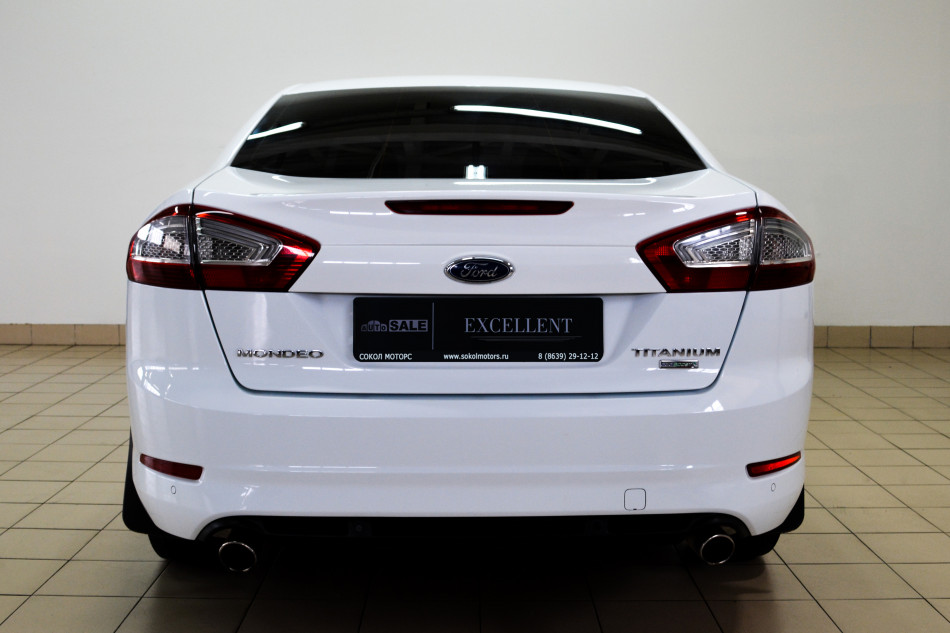 Ford_Mondeo_K52484