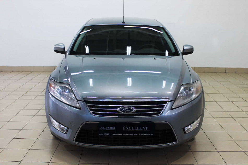 Ford_Mondeo_G03006