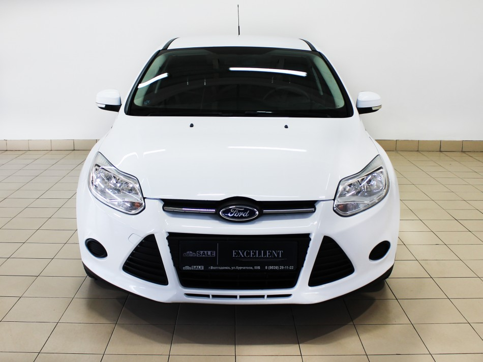 Ford_Focus_T10518