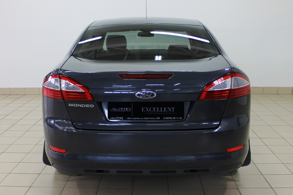 Ford_Mondeo_P13487