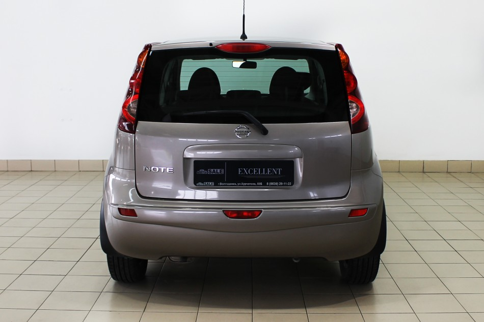 Nissan_Note_169889