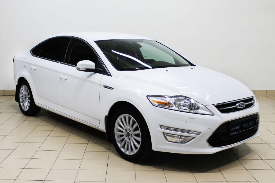 Ford_Mondeo_A34794